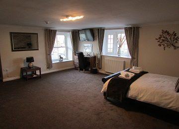 Room 2 – l – 360 x 260