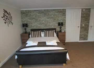 Room 2 – m – 360 x 260