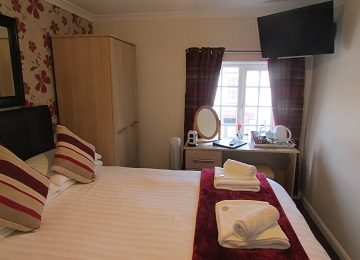 Room 5 – i – 360 x 260