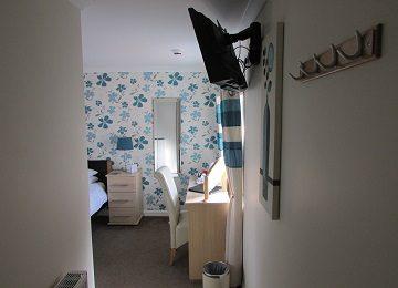 Room 6 – a – 360 x 260
